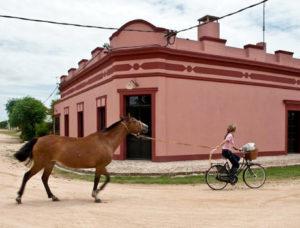 pueblo garzon style 300x228 Alta Demanda de Propiedades Rurales en Uruguay